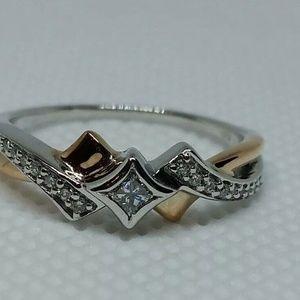 DIAMOND PRINCESS CUT ENGAGEMENT RING SOLID GOLD SI